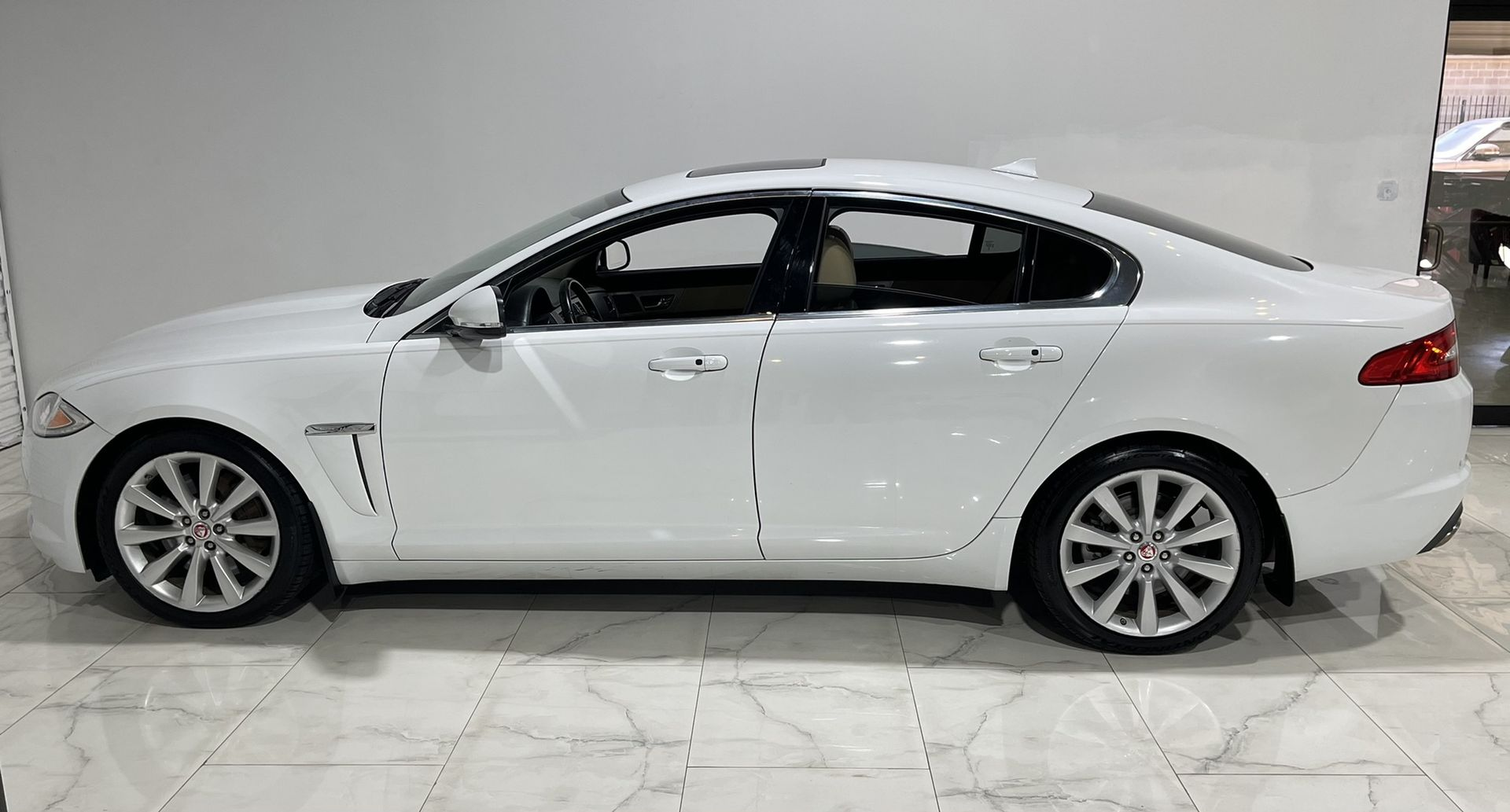 USED JAGUAR XF 2014 for sale in Houston, TX | IDrive Auto ...