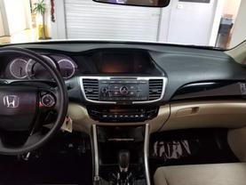 2017 Honda Accord - Image 8