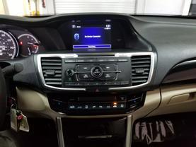 2017 Honda Accord - Image 13