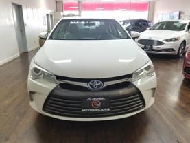 2017 Toyota Camry Hybrid - Image 7