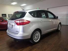 2015 Ford C-max Hybrid - Image 7