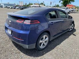 2013 Chevrolet Volt - Image 4