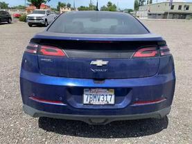 2013 Chevrolet Volt - Image 3