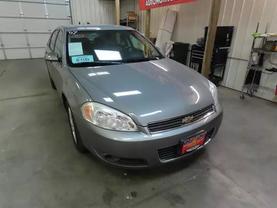 2007 Chevrolet Impala - Image 2
