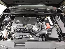 2018 Toyota Camry - Image 9