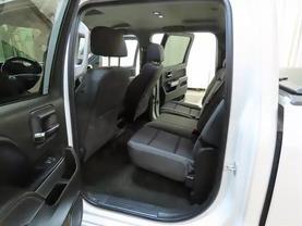 2017 Chevrolet Silverado 1500 Crew Cab - Image 16