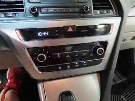 2016 Hyundai Sonata - Image 19