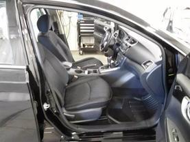 2016 Nissan Sentra - Image 9