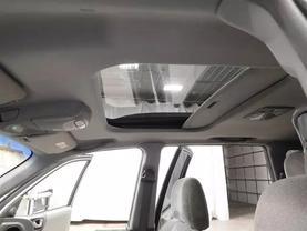 2005 Hyundai Santa Fe - Image 21