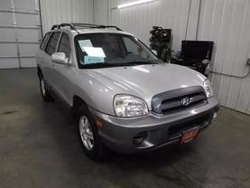 2005 Hyundai Santa Fe - Image 2