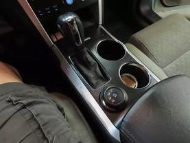 2011 Ford Explorer - Image 22