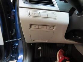 2016 Hyundai Sonata - Image 24