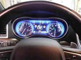 2017 Chrysler 300 - Image 21