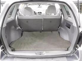 2005 Hyundai Santa Fe - Image 12