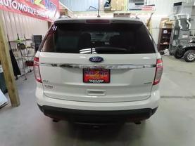 2011 Ford Explorer - Image 4