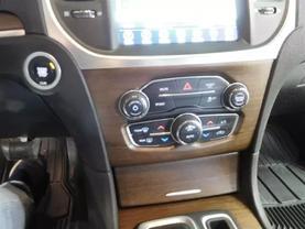 2017 Chrysler 300 - Image 18