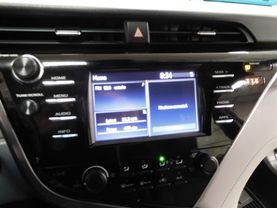 2018 Toyota Camry - Image 17