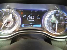 2017 Chrysler 300 - Image 22