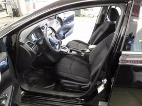2016 Nissan Sentra - Image 13