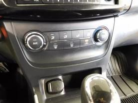 2016 Nissan Sentra - Image 16
