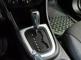 2013 Chrysler 200 - Image 21