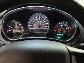 2013 Chrysler 200 - Image 23