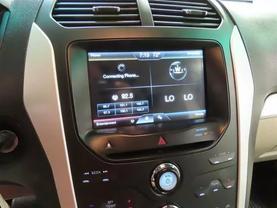 2011 Ford Explorer - Image 20
