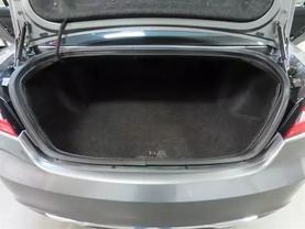 2013 Chrysler 200 - Image 14