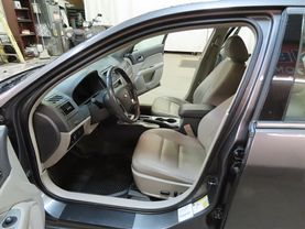 2011 Ford Fusion - Image 17