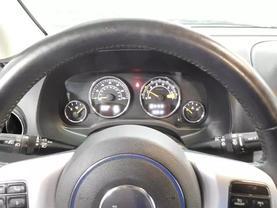 2014 Jeep Compass - Image 22
