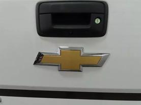 2017 Chevrolet Silverado 1500 Crew Cab - Image 14