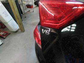 2017 Chevrolet Impala - Image 15