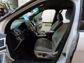 2011 Ford Explorer - Image 18