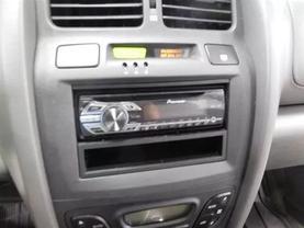 2005 Hyundai Santa Fe - Image 16