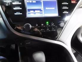 2018 Toyota Camry - Image 18