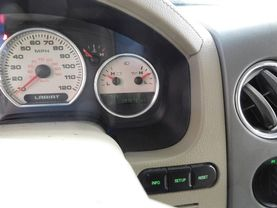 2006 Ford F150 Supercrew Cab - Image 22
