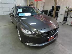 2017 Mazda Mazda6 - Image 2
