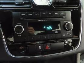 2013 Chrysler 200 - Image 19