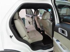 2011 Ford Explorer - Image 12