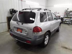 2005 Hyundai Santa Fe - Image 3