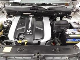 2005 Hyundai Santa Fe - Image 9