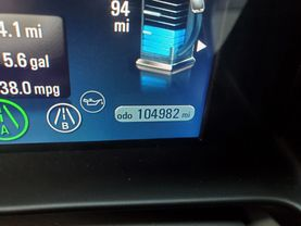 2013 Chevrolet Volt - Image 12
