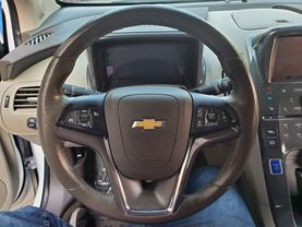 2013 Chevrolet Volt - Image 9