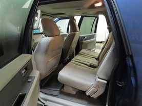 2011 Ford Expedition El - Image 16