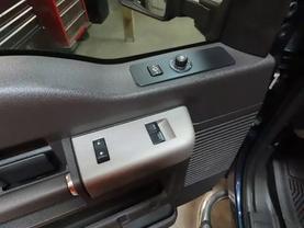 2013 Ford F250 Super Duty Super Cab - Image 19
