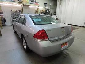 2007 Chevrolet Impala - Image 5