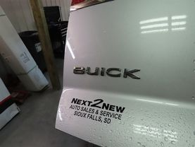 2015 Buick Enclave - Image 16