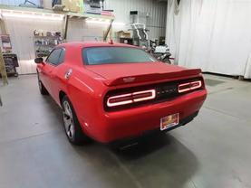 2015 Dodge Challenger - Image 5