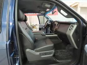2013 Ford F250 Super Duty Super Cab - Image 12