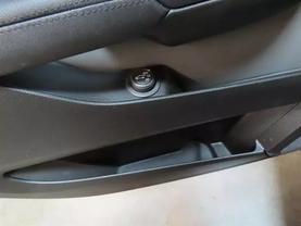 2011 Cadillac Srx - Image 20